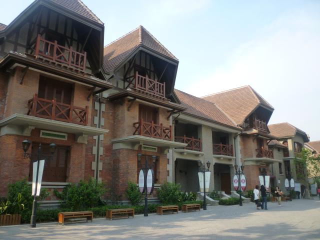 Sinan Mansions, a high end complex near Xintiandi, Shanghai, Goulard Sébastien