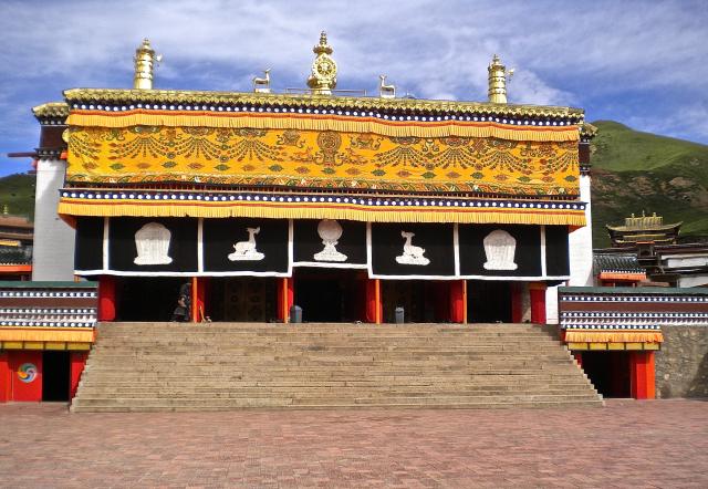 Hall d'assemblée ('du khang) du monastère de Tashi Chöling à Chukhama, De Heering Xénia