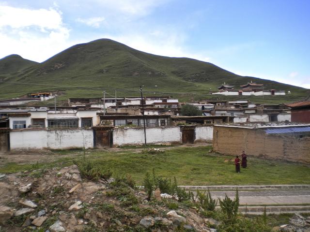 Monastère de Chukhama, les maisons des moines., De Heering Xénia
