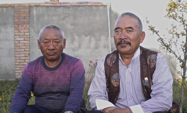 Les frères Nagtsang, Nülo et Japé., De Heering Xénia