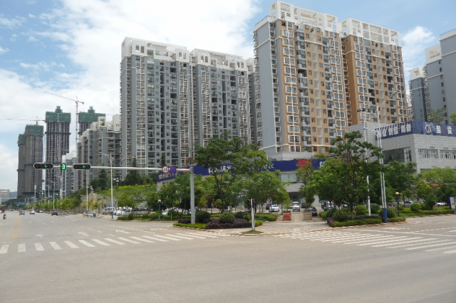 Typical streets and blocks in Chenggong, Balula Luis
