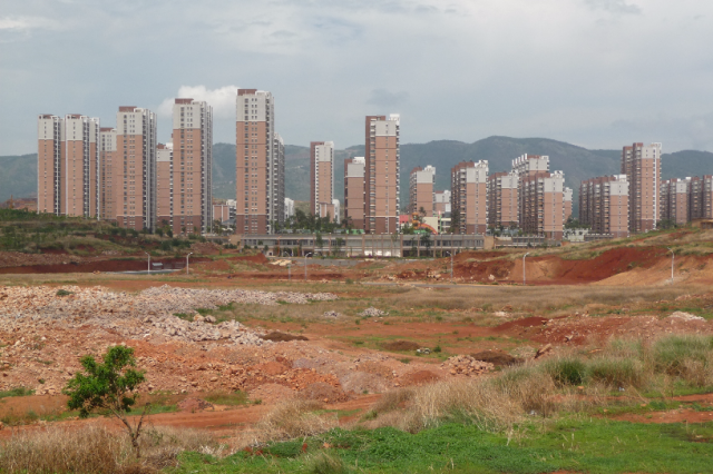 Chenggong: one of the new urban hubs, Yunnan, Balula Luis